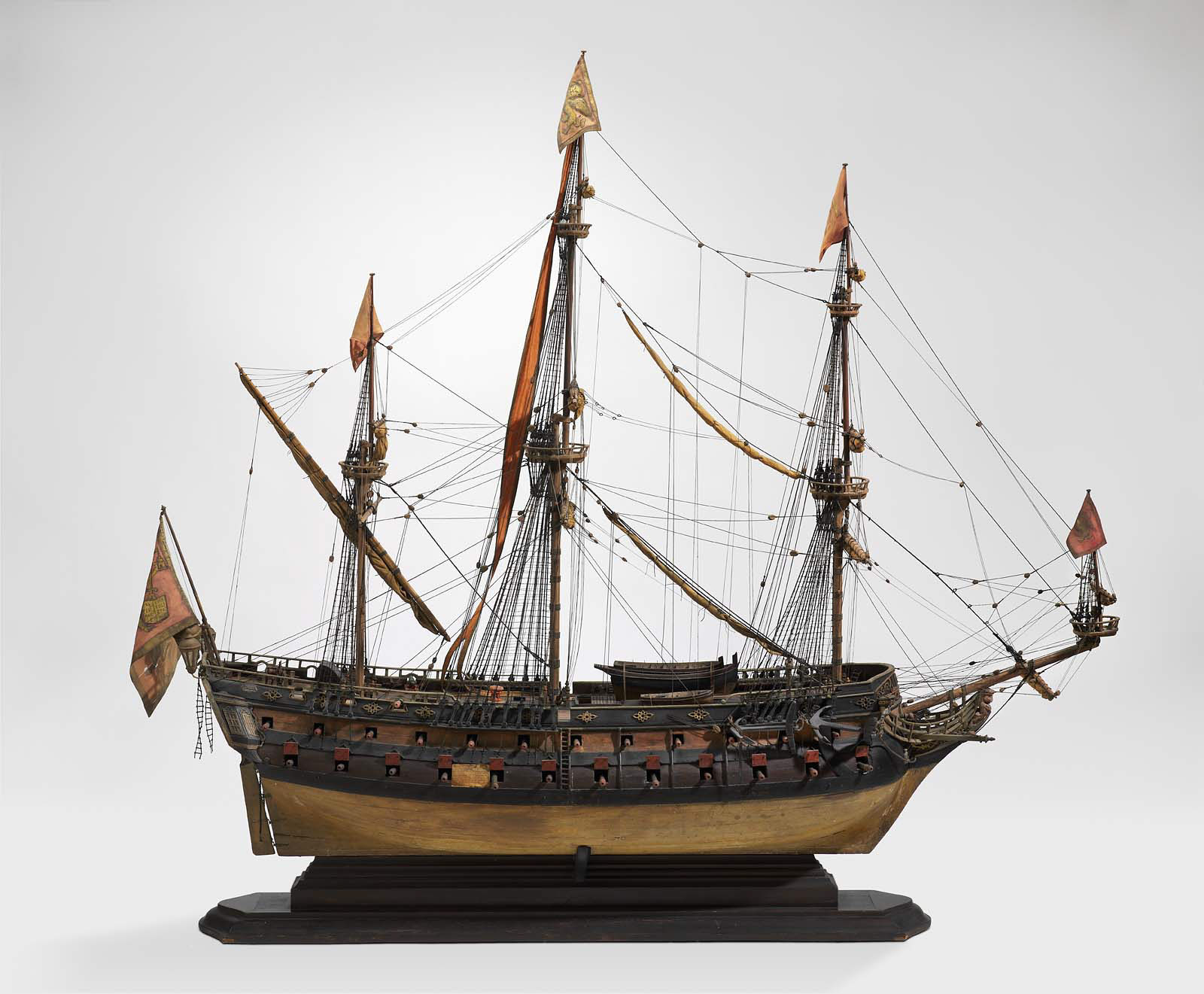 an analysis of the sailing ships of 19th century and the seamanship of clipper ships Anthony discusses the various types of ships used including 19th century merchant ships of sailing ships as clipper ships of the 19th century.