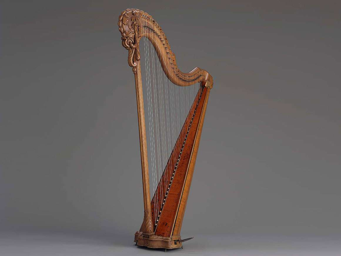 Pedal harp by Jean-Henri Naderman