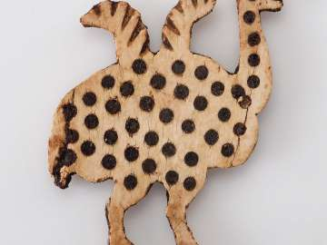 Ivory inlay of an ostrich chick
