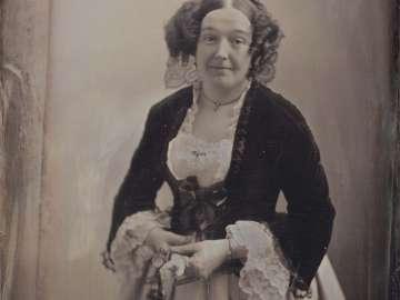 Mrs. James R. Vincent, Actress (1818–1887)