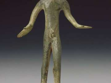 Kouros (youth), in pose of a dancer