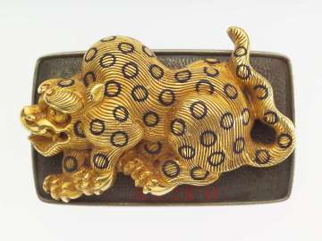 Kanamono in the form of a leopard, with backplate