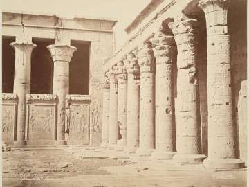 Temple of Edfu, court colonnade