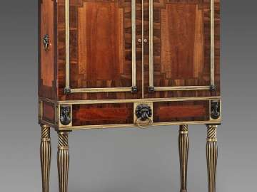 Cabinet-on-stand