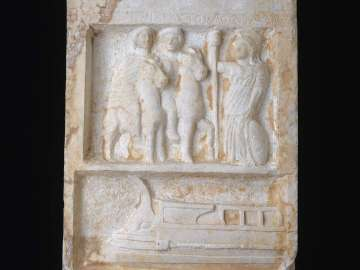 Stele depicting infant Herakles, Kastor, Polydeukes,Athena Alea, a war ship, and a proxeny decree