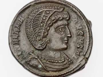 Follis with bust of Helena, struck under Constantine I