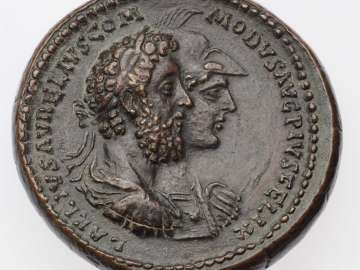 Medallion with busts of Commodus and  Roma