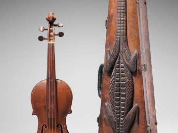 Folk violin and case