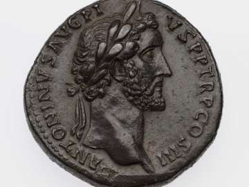 Sestertius with head of Antoninus Pius