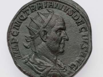 Double-sestertius with bust of Trajan II Decius