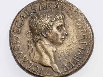 Sestertius with head of Claudius