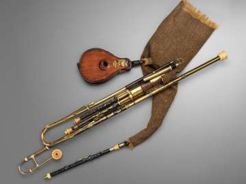 Bagpipe (uilleann pipes)