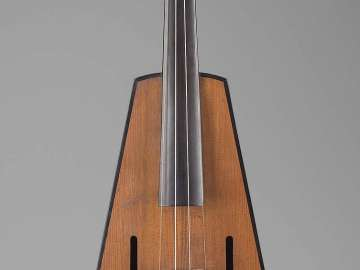 Trapezoidal-shaped violin