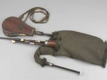 Bagpipe (lowland pipes)