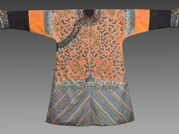 Woman's semi-formal court robe (jifu)