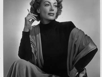 Joan Crawford (hand on hip)