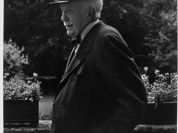 Richard Strauss (with cap)