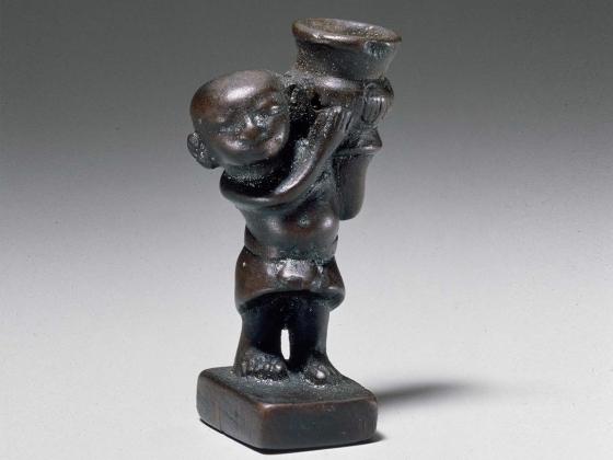 Dwarf holding a jar, 1349-1336 B.C.