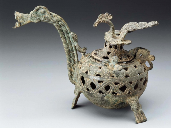 Vietnamese incense burner with dragon handle and phoenix cover from 3rd century A.D.