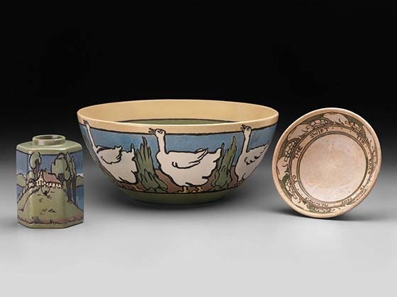Paul Revere Pottery of the Saturday Evening Girls club, Goose bowl, 1914