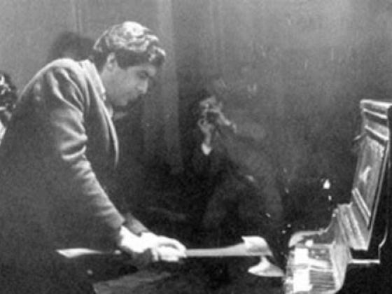 Henny-Penny Piano Destruction Concert, 1967, Raphael Montañez Ortiz. Photo courtesy of the artist.