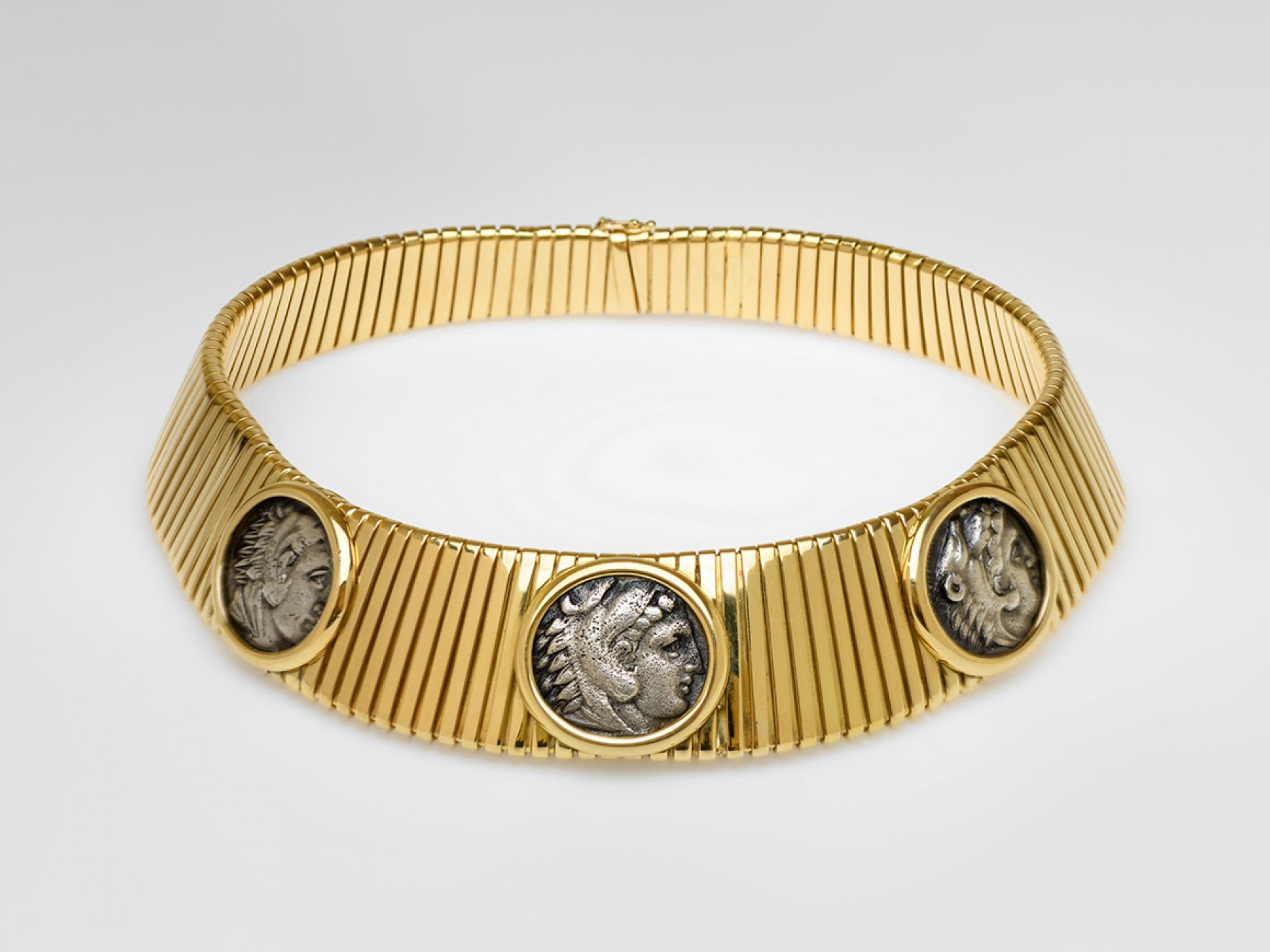Bulgari necklace, with coins of Heracles made of gold and silver