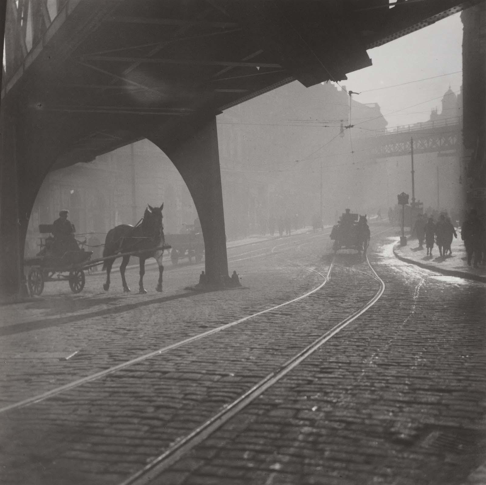 Morning viaducts prague