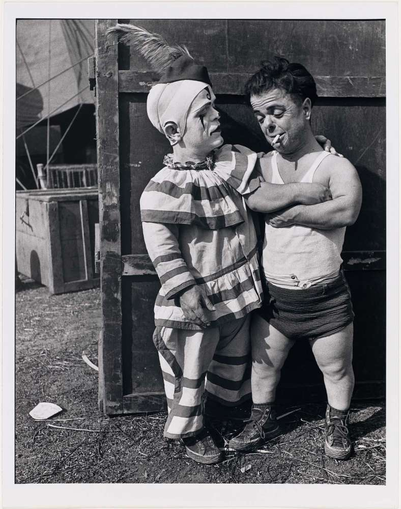 Does not pictures of midget clowns goes beyond