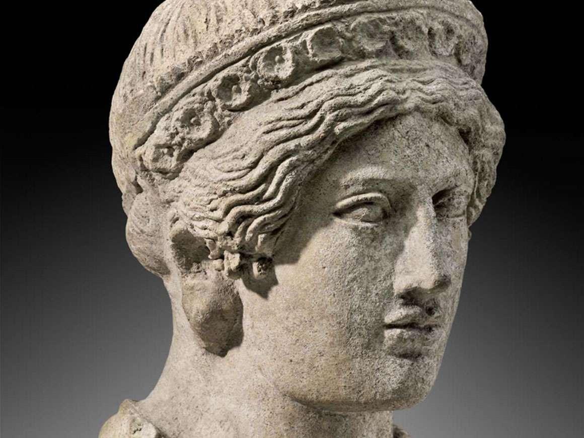 Italic, Etruscan female head