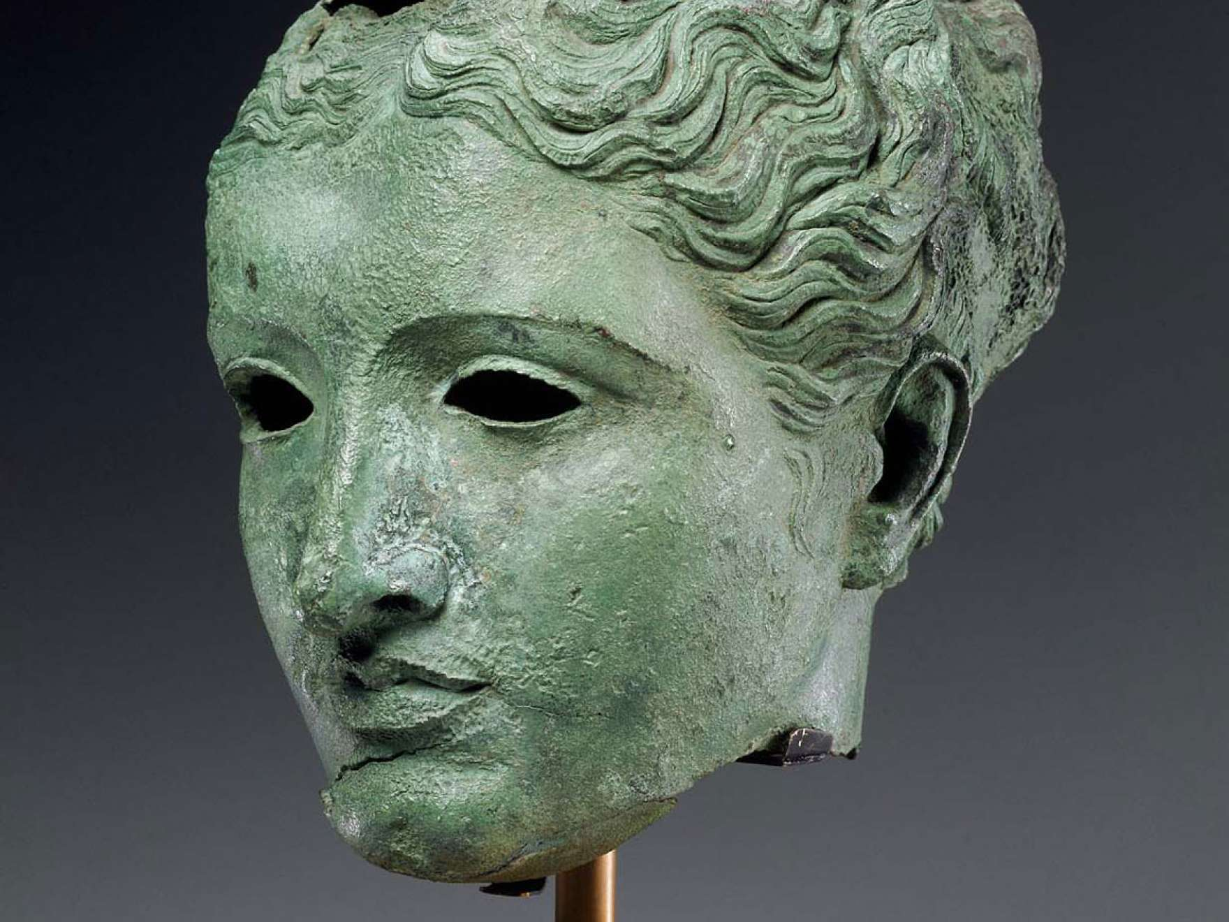 Bronze head of a Greek goddess or queen