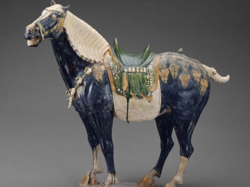 Earthenware statue of horse from Tan Dynasty