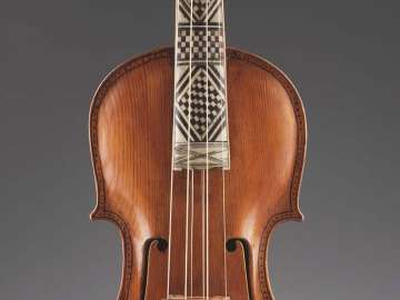 Hardanger violin and bow