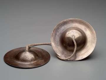 Pair of cymbals (chap lek)