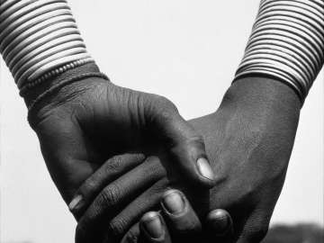 Nandoye and Nangini, Hands Joined, Africa