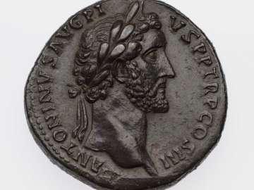 Sestertius with head of Antoninus Pius