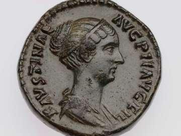Dupondius with bust of Faustina II, struck under Antoninus Pius