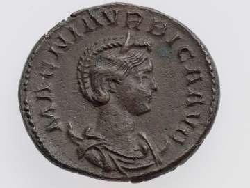 Antoninianus with bust of Magnia Urbica, struck under Carinus