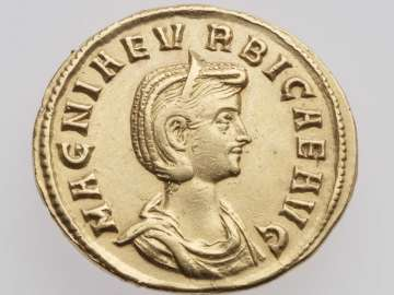 Aureus with bust of Magnia Urbica, struck under Carinus