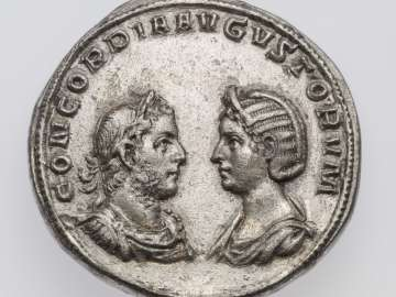 Medallion with busts of Gallienus and Salonina