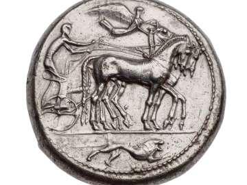 Dekadrachm (Demareteion) of Syracuse with quadriga