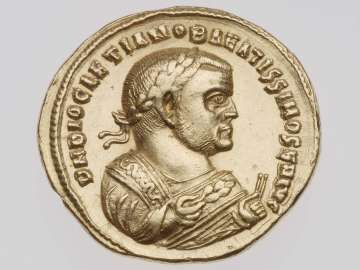 Medallion of two aurei with bust of Diocletian