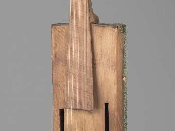 Cigar-box violin