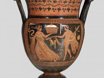 Mixing bowl (column-krater) with maenad and Dionysos
