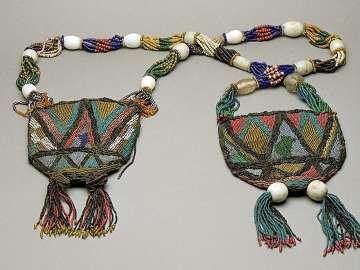 Ifa diviner's necklace (Ikolaba ifa)