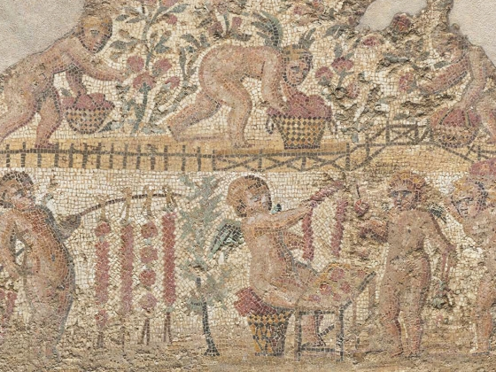 Mosaic emblema with cupids gathering roses in a garden, late 2nd–mid-3rd century